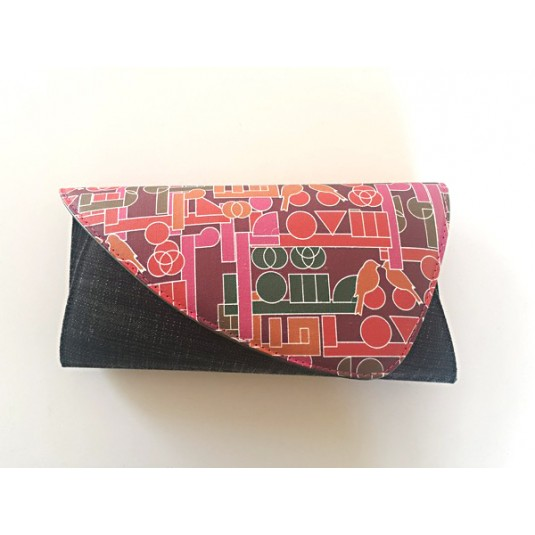 Red and faded dark grey Clutch Hobb & Co.
